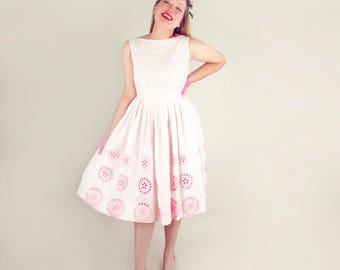 50s White and Pink Eyelet Cotton Full Skirt Dress by Jerry Gilden Spectator S