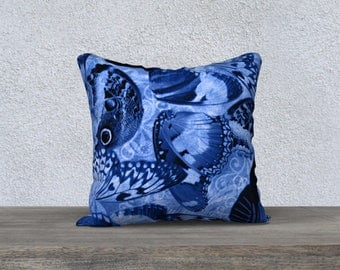 Blue Butterfly Wing Throw Pillow Cover, Butterfly and Scroll Pattern Zippered Throw Cushion Cover