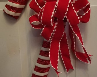 Wide Candy Cane Wreath