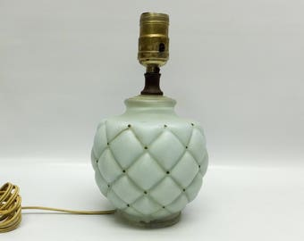 Gorgeous boudoir lamp - light blue - quilted look