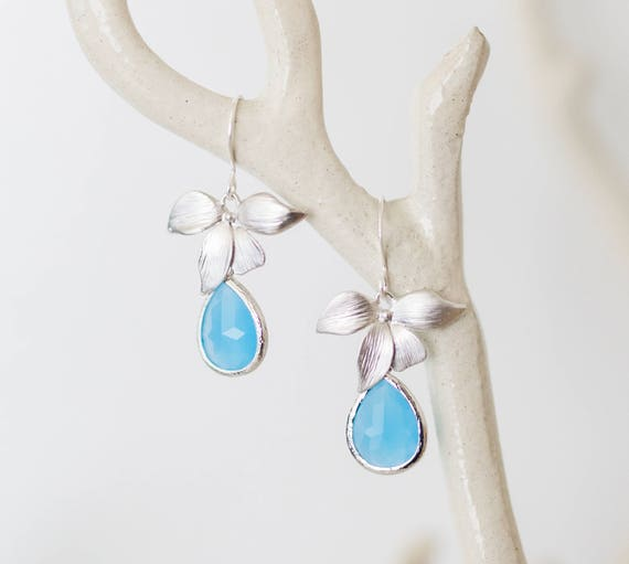 Orchid earrings with Ocean blue glass