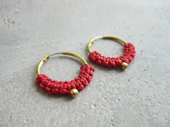 Iara . Dainty Macrame Brass Hoop Earrings . © Design by .. raïz ..