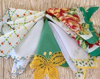 Daisy and Butterfly Theme Set of 5 Vintage Floral Hankies in Yellow, Green and Orange, Midcentury Hankies, 1950s Hankies, Springtime, Easter