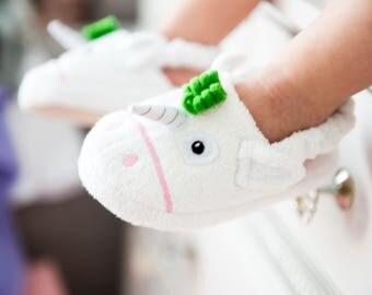 Yikes Twins Children's Unicorn slippers