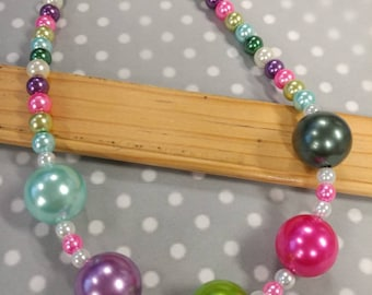 Children's Bubblegum pearl necklace, chunky necklace, toddler jewelry, childrens jewelry, birthday jewelry, birthday necklace, photo props