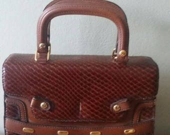 Vintage Brown Leather Accordion Style Handbag Made in Spain//////REDUCED///////