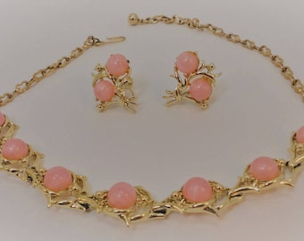 60s Pink Moonglow Lucite/Goldtone Necklace/ Screw Earrings Demi Parure