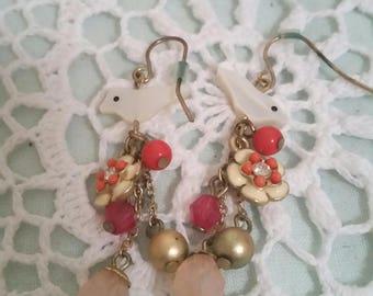 vintage bird earrings, 90s does victorian, mother of pearl birds, hippy earrings, boho jewellery