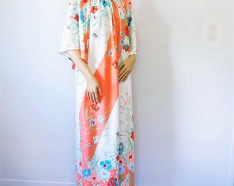 Lounge Nightgown Floral Caftan Floor Length Angel Sleeves Vintage MuMu Lounging Gown Night Dress One Size Fits All