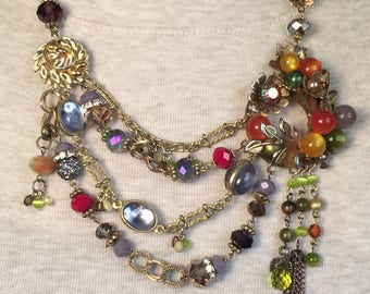 Vintage Chic: Upcycled Old Circle Pin Forms Baroque Statement Necklace Full of Texture and Color