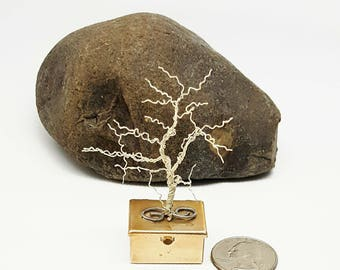 Silver Winter Pill Box Tree\ Wire Tree Sculpture\ Silver Copper Tree\ Tooth Fairy Box Wire Tree\ Wire Bonsai Tree\ Gifts for Her\ Stash Box
