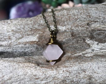 Crystal Pyramid Necklace, Rose Quartz Jewelry, Rose Quartz Necklace, Hippie Jewelry, Reiki Chakra Pendant, Bohemian Jewelry, Hippie Necklace