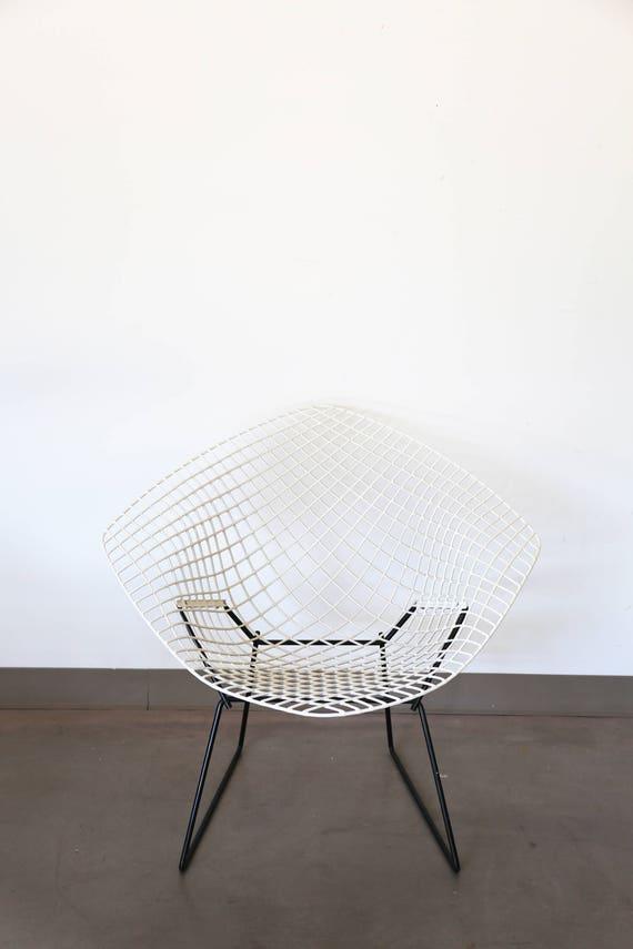 White Knoll Bertoia Diamond Chair with Black Base