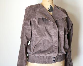 Taupe Windbreaker | vintage 80s motorcycle cut MICROSUEDE vegan womens light brown jacket collapsible 1980s O neck avant garde
