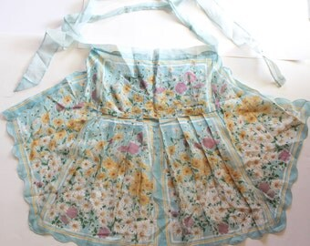Vintage 1950's Floral Handkerchief Apron- Light Blue with Daisies