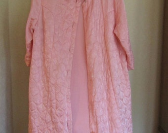 Vintage 1950's Era Bubble Gum Pink Quilted Robe-Size Medium to Large-Needs Buttons