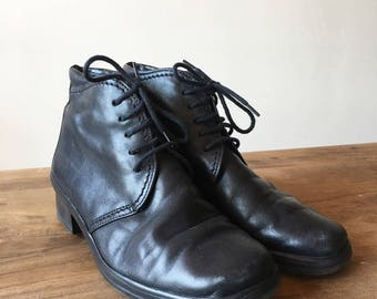 Vintage 90s Black Leather Lace Up Ankle Boots, High Heel Boots, Granny Boots, Size 4.5 5