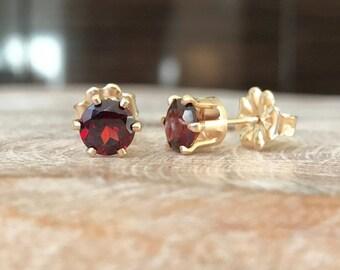 Garnet Earrings, Garnet Earrings in Gold or Silver, Gold or Silver Garnet Stud Earrings, Garnet Stud Earrings, Garnet Earrings Stud, Garnet