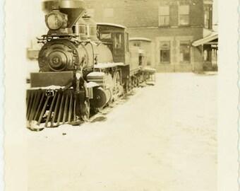 "Vintage Photo ""Parked for the Season"" Snapshot Antique Black & White Photograph Found Paper Ephemera Vernacular Interior Design Mood - 59"
