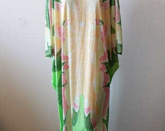 Fabulous Vintage Butterfly Print Caftan by Loungees
