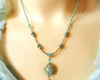 Collier pendentif Verre de Murano authentique bleu ciel pailleté de cuivre - Genuine blue Murano necklace