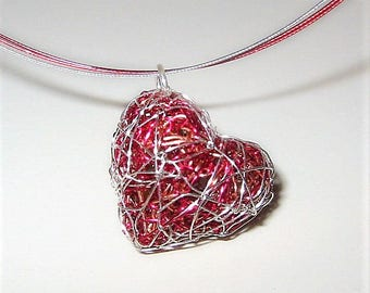 Red heart necklace, heart jewelry, wire heart sculpture, cute, red necklace, heart pendant, boho, unique necklaces for women, Christmas gift