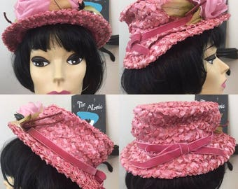 Miss Pinky // 1960s Pink Raffia Straw Hat with Rose Flower