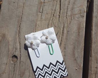 Mini White Flower Planner Paper Clips