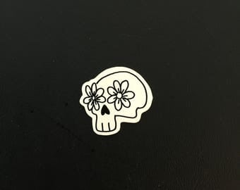 Flower Skull (Handmade Pin)