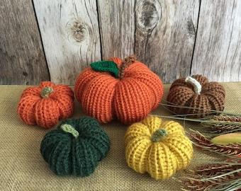 5x knitted stuffed pumpkins, fall decoration, thanksgiving or Halloween decor.
