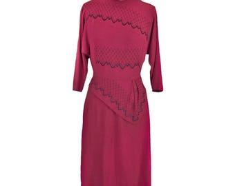 Vintage 1940s Dress / Peplum / Emboidery / M