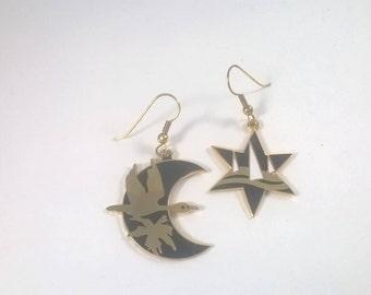 Vintage Earrings Gold Black Enamel Flower Moon and Star - Pierced - Fashion Jewelry 1980s