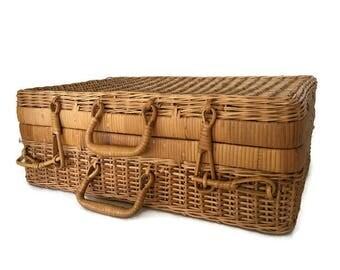 Vintage Wicker Suitcase Picnic Hamper Picnic Basket Storage Box 1970's Woven Rattan Suitcase