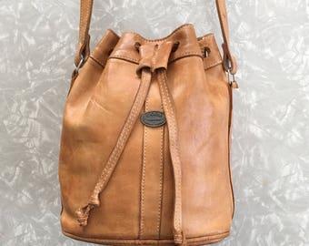 Cross Body Bag - Vintage Brown Leather Bucket Purse