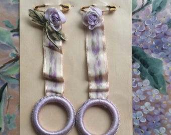 Authentic Antique RibbonWork Silk Rose Flowers Charming Violet Purple Lilac Rosette with Leaves Silk Watered Ribbon Work Skirt Hangers