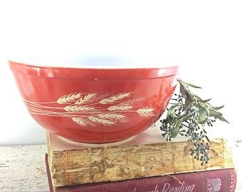 Autumn Harvest 1.5 Liter Pyrex Mixing Bowl