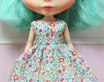 BLYTHE doll Its my party dress - LIBERTY Eloise floral