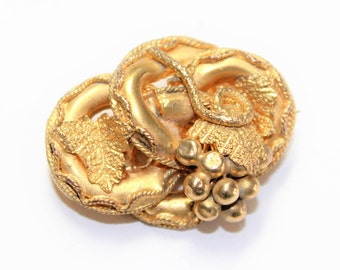 Antique Victorian Grapes Vines Leaves Gold Coloured Gilt Brooch (c1880s)