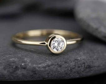 Engagement Ring, Solitaire Diamond, Diamond ring, Round Solitaire, Diamond Engagement, Round Diamond Ring, Simple Diamond Ring, Gold ring