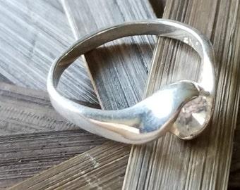 Sterling Silver Swirl Design CZ Ring (st - 2184)