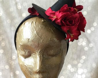 Red Flower 4 inch Mini Witch Hat, Witch's hat, Halloween Witch Hat, Tea Party Hat, Fall Hat, Fascinator, Mini Hat, Witch Headband