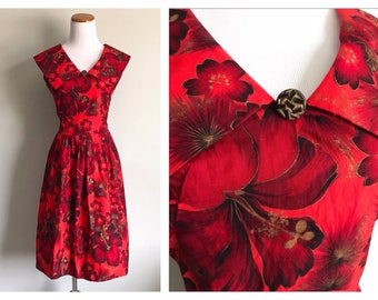 Vintage 1950's 60's Red Hawaiian Dress Tropical Floral Hibiscus Flower Full Skirt Handmade Dress Cotton Summer Luau Party Dress Size Medium