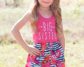 """Girls """"big sister"""" outfit, pregnancy announcement shirt,   handmade clothing by willowbeeapparel"""