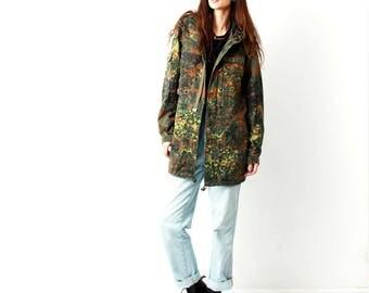 Vintage Camouflage Warm Hooded Jacket / Camo Jacket / Military Jacket / Coat / Army Jacket / Size S / M