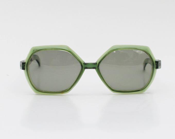 Vintage 1960s Green Mod Sunglasses