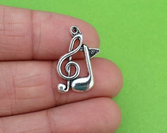 8 Music Note Silver Charms (CH181)