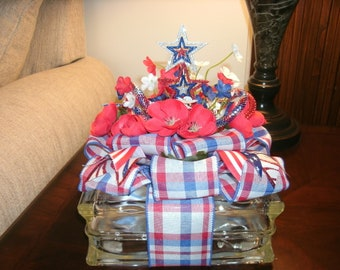 Patriotic Star Centerpiece, Holiday Decor, Lighted Glass Block, 4th of July, Red White & Blue Decor, Americana decor, Table Decor,