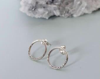 BULLES Earrings - Sterling Silver earrings - Hammered Silver - Small Hoops