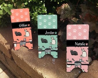 Personalized CATS Patterned Phone Stand - Personalized Phone Charger Stand