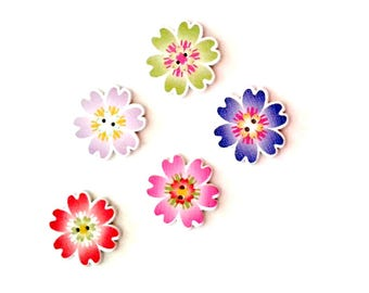 5 x 25MM Assorted coloured Flower shaped wooden buttons